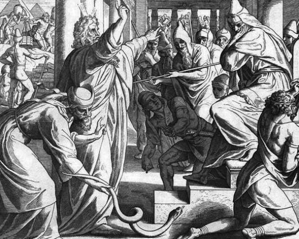 моисей у фараона