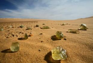 ливийское стекло